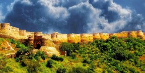Rajasthan Adventure vacations With North India Tour